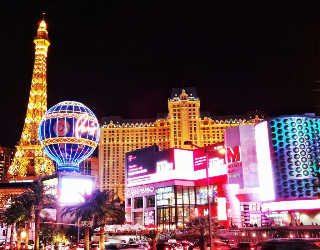 Is Las Vegas the Most Overrated City in the World? - Worldpacking Canuck
